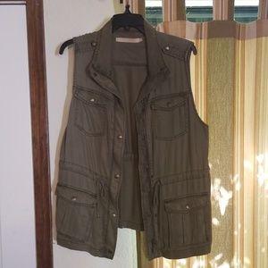 Cargo Vest, Olive Green
